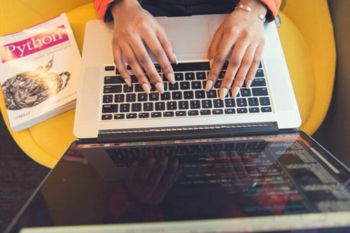 macbook computer